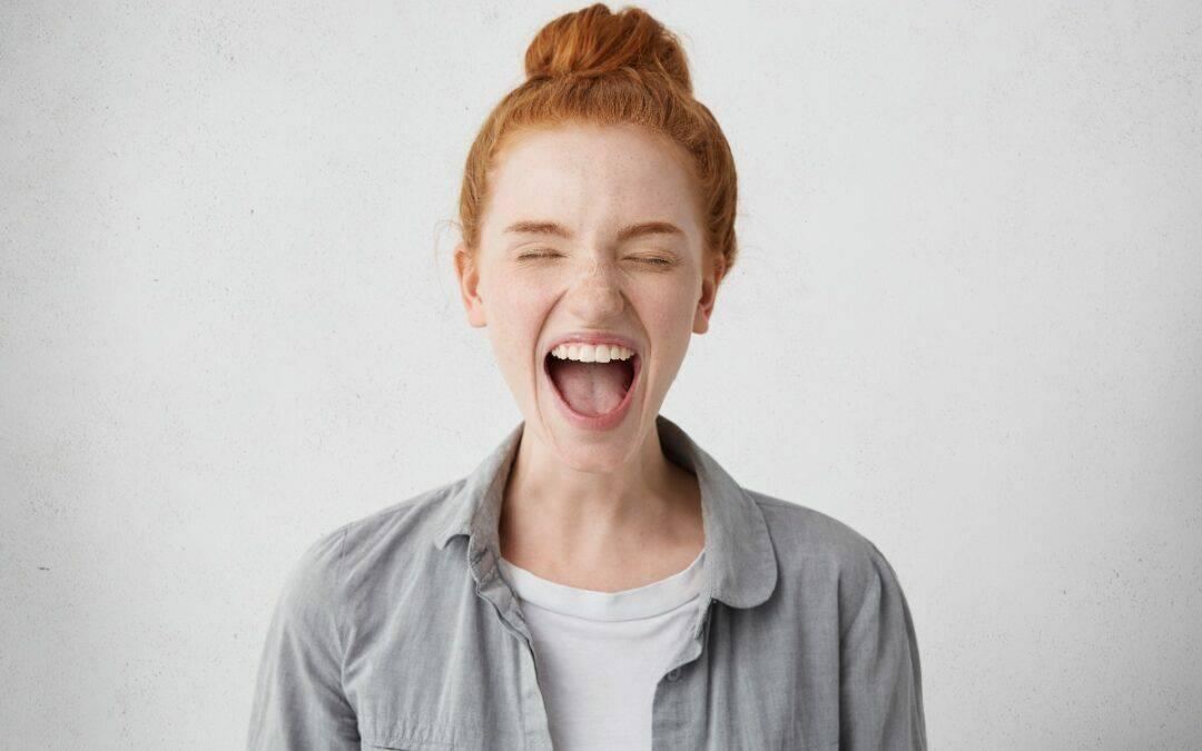 Mangiare troppo: emozioni represse e abbuffate